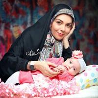 آزاده نامداری مجری ایرانی :دوست دارم سه دختر داشته باشم +تصاویر