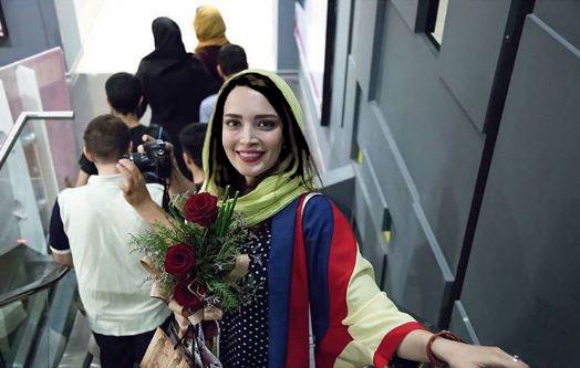 اکران فیلم سینمایی زیر سقف دودی
