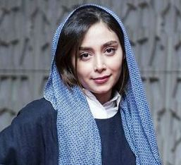دیبا زاهدی در مراسم اکران فیلم آزاد به قید شرط !