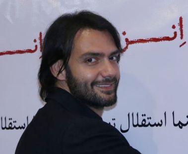 اکران مردمی فیلم انزوا در سینما استقلال با حضور امیرعلی دانایی!