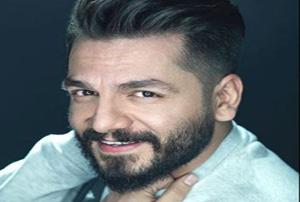 عباس غزالی : جشنواره فیلم فجر تبدیل به شوی لباس شده!