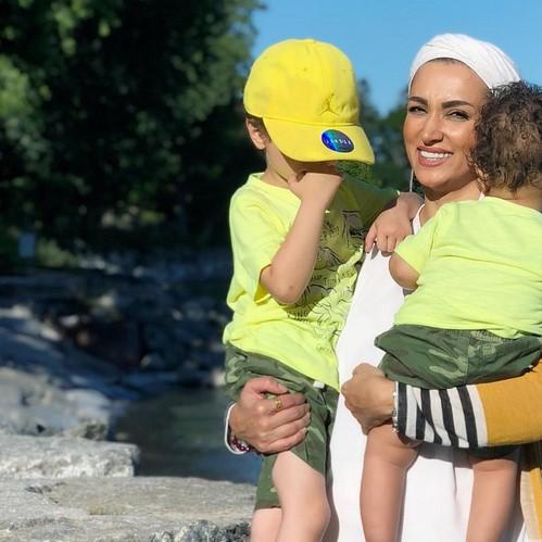 روناک یونسی و پسرانش