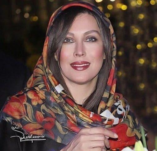 مهتاب کرامتی بازیگر زن و سوپراستار قصهگوی این روزها +تصاویر