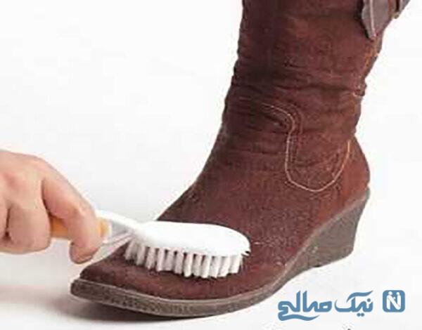 روش تمیز کردن کفش مخمل