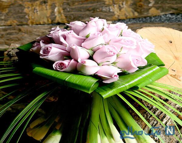 دسته گل عروس با گل رز صورتی