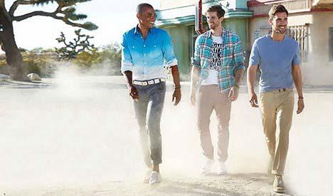 شلوار های رنگی برای آقایانی که همیشه تیپ جذاب دارند+تصاویر