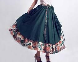 نکاتی برای استایل دامن بلند واز زیباییهای این لباس زنانه + تصویر