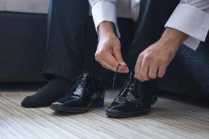 هماهنگی کت و شلوار با کفش مناسب