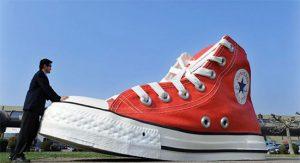 کفش کتانی آلاستار