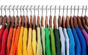 تاثیر شگفت انگیز رنگ لباس بر دیگران