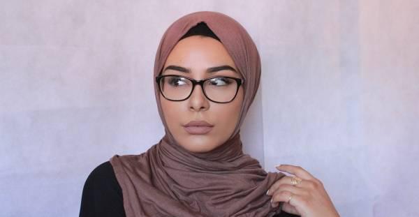 مدل عینک برای خانم های باحجاب