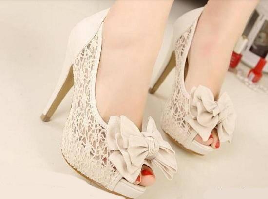 نکاتی هنگام خرید بهترین کفش عروس