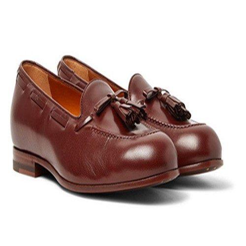 اصول پوشیدن کفش قهوه ای