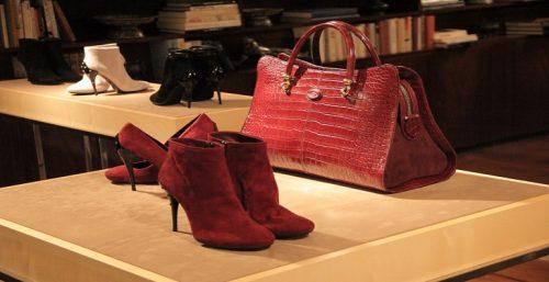 ست کردن کیف و کفش
