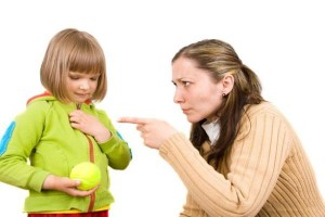 آنچه نباید به کودکان گفت
