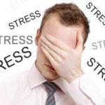 لرزش و پرش عضلانی از نشانه های استرس است