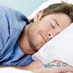 چگونه افکار خود را قبل از خواب آرام کنیم؟