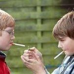چگونه با نوجوانان در مورد سیگار صحبت کنیم؟
