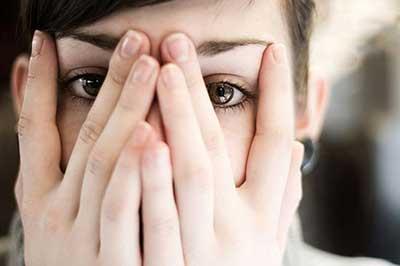 آشنا شدن با تأثیر کمبود اعتماد به نفس روی رابطه زناشویی