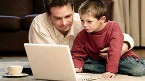 نقش خانواده در عبور ایمن نوجوان از فضای مجازی بسیار مهم وضروری است