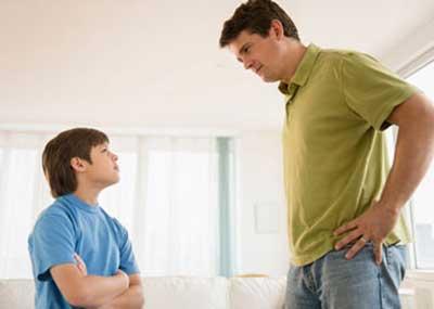 برخورد والدین با فرزندان |در مورد نحوه رفتار با نوجوان زیاد مطالعه کنید