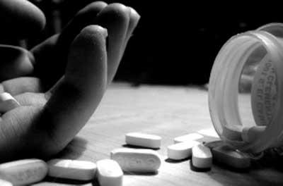 انواع خودکشی | ۶ شغلی که آمار خودکشی در آنها به شدت بالا است!