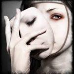 ۹ دروغ زیرکانه ای که همه ما به خودمان میگوییم!
