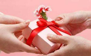 هدیه دادن به همسر