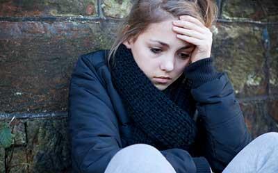 گوشهگیری نوجوانان را جدی بگیرید