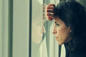 دلیل ایجاد افسردگی زمستانی را بشناسید