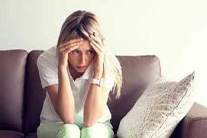۸ علامت دور از ذهن ابتلا به افسردگی را بشناسید