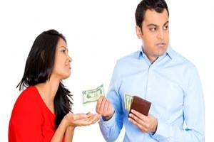 چگونه با یک شوهر خسیس برخورد کنیم؟