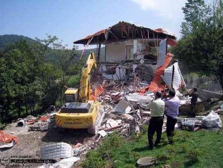 تخریب ویلای ۵ میلیاردی غیر مجاز در ساری+عکس