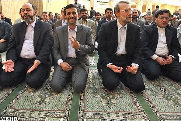 تصاویر: علامت پیروزی درنشست دولت ومجلس