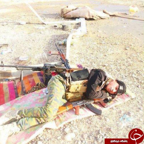 خواب راحت یک مدافع حرم بعد از جنگی تمام عیار + عکس