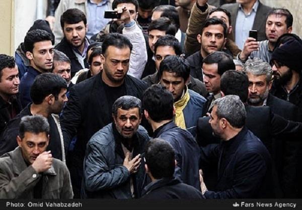 حضور احمدینژاد در تشییع حبیب واقعیت دارد؟+عکس