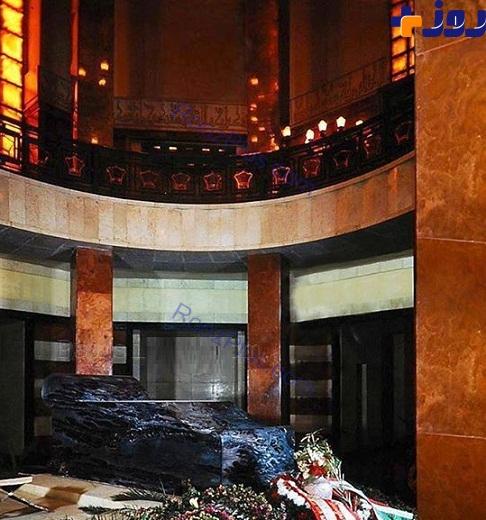 سنگ قبر رضا شاه پهلوی +عکس