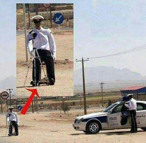 اقدام جالب پلیس راهنمایی و رانندگی+عکس