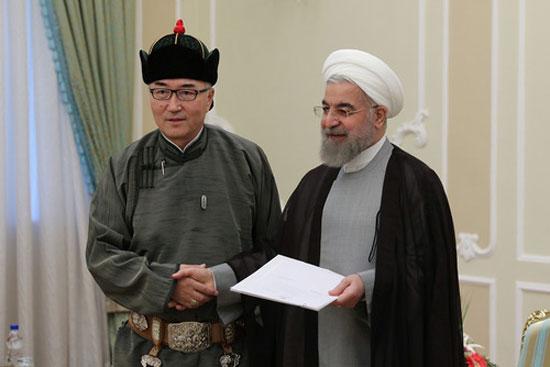 لباس سفیر مغولستان در تهران +عکس