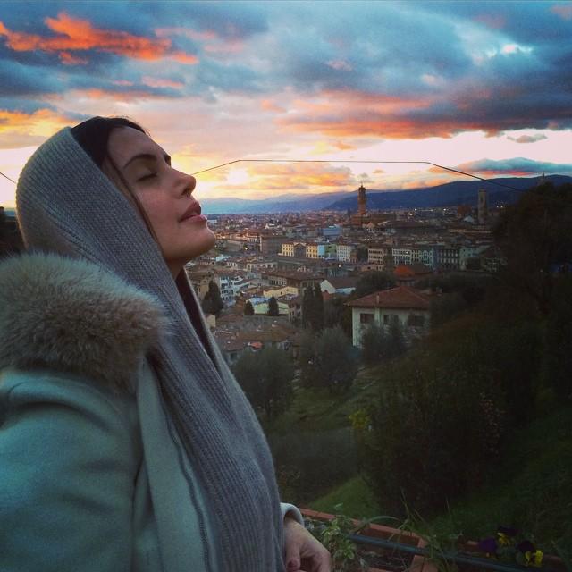 الناز شاکردوست بازیگر زن پولدار ایرانی در خارج از کشور !+تصاویر