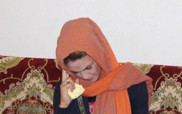 چشمان زنی که نخ میسازد!! +عکس