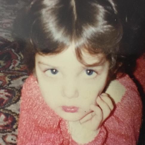چهره بامزه لیلا اوتادی در ۳۰ سال پیش !+عکس