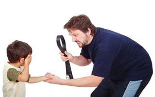 پدر بی رحم شیشه ای دختر ۴ ماهه اش را ضربه مغزی کرد !+عکس