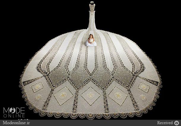 لباس ۱۸۰ کیلویی عروس خانم!+عکس