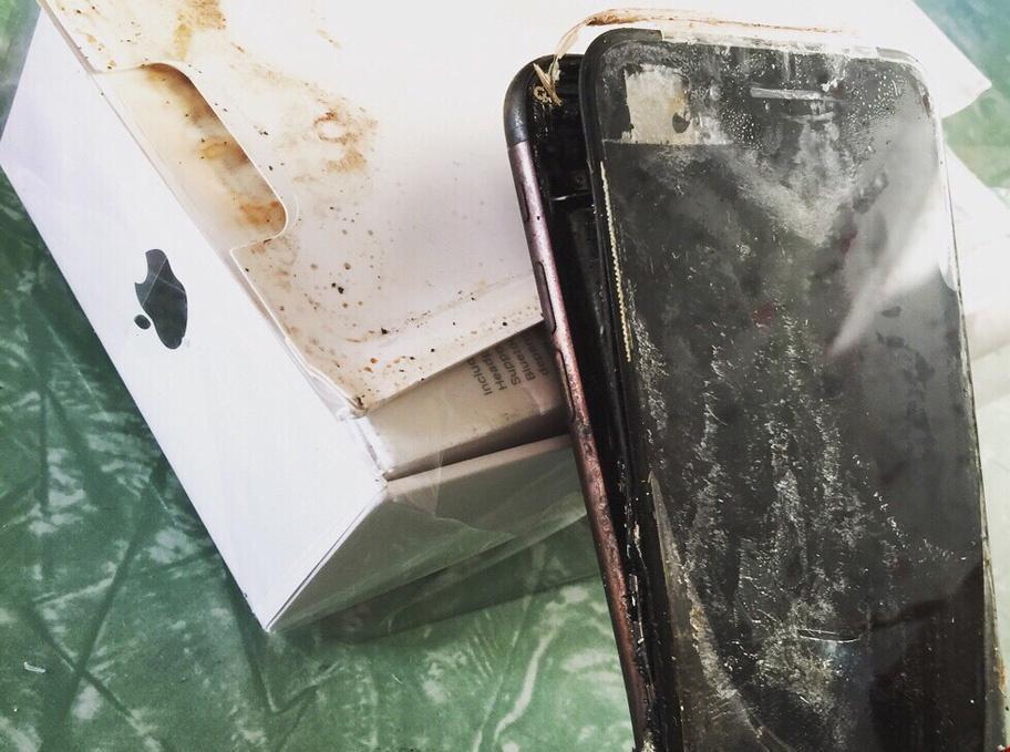 نگرانی کاربران از انفجار آیفون ۷ +تصاویر