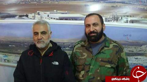 عکس یادگاری حاج قاسم با فرمانده شهید حزب الله