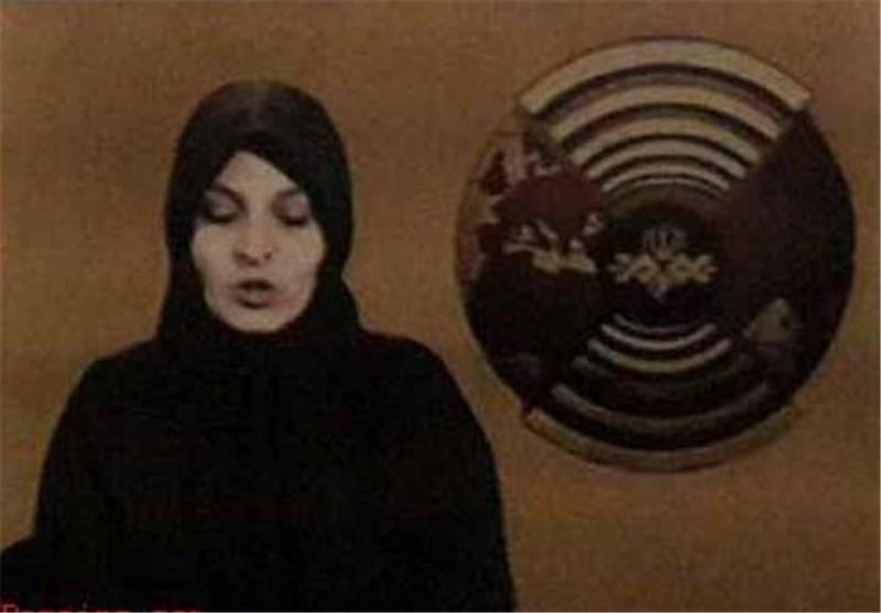 گوینده اخبار تلویزیون در سال ۱۳۵۹ + عکس