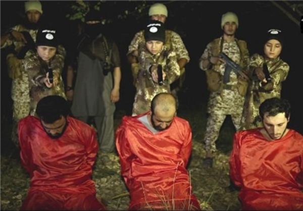اعدام ۳ سرباز عراقی توسط ۳ کودک داعشی +عکس