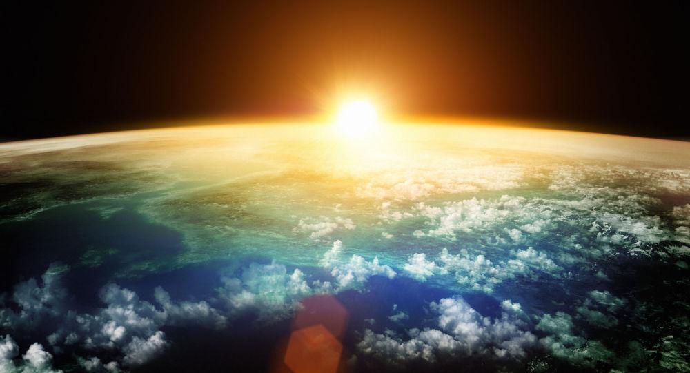تصویر کامل زمین برای اولین بار + عکس