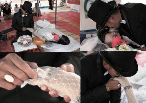 ازدواج داماد با عروس مرده در تایلند + تصاویر
